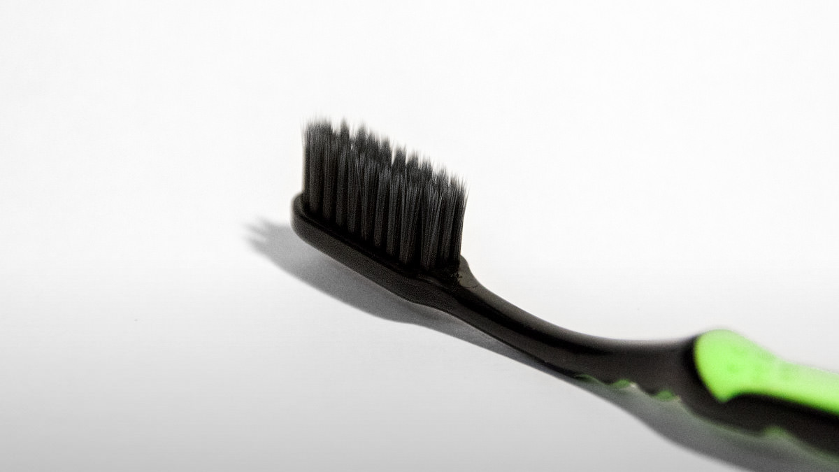 Benefits of Using Charcoal Toothbrushes